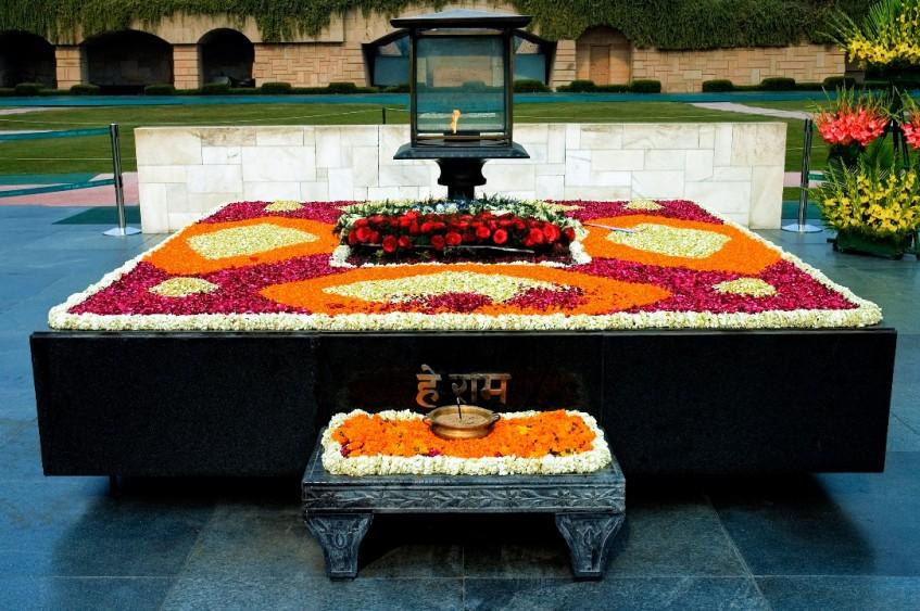 Varanasi - Delhi (vol)