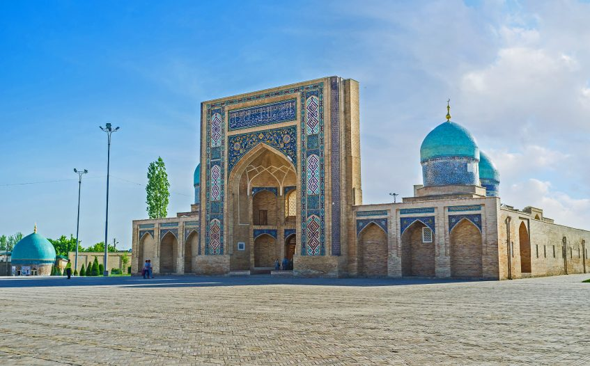 Charvak - Tachkent - Ourgench (vol) - Khiva (PD/D/S)