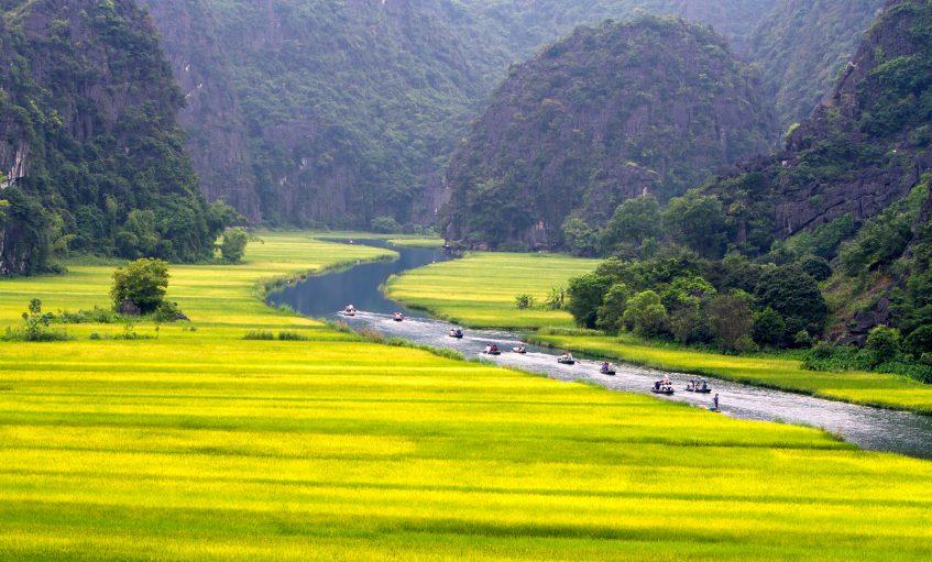 Ninh Binh - Hoa Lu - Baie d'Halong terrestre Tam Coc - Train de nuit (PD/D/S)