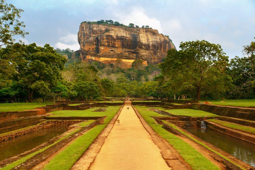 Sigiriya  Polonnaruwa - Sigiriya