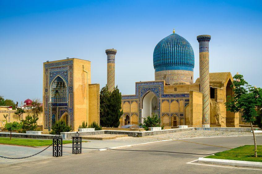 Charvak - Tachkent - Ourgench (vol) - Khiva