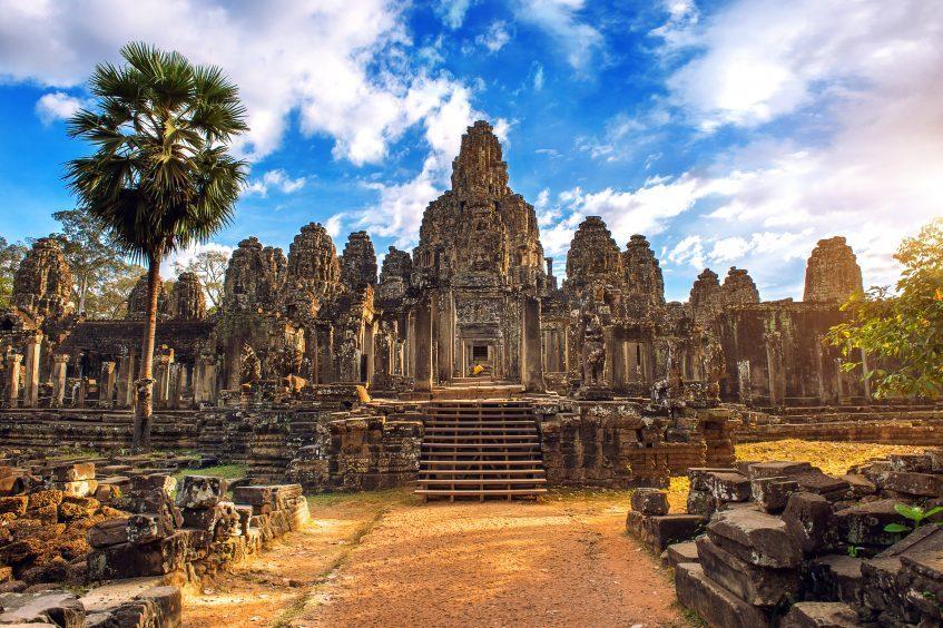Siem Reap Sra Srang - Banteay Kdei - Prasat Kravan - Ta Phrom - Angkor Thom- Angkor Vat