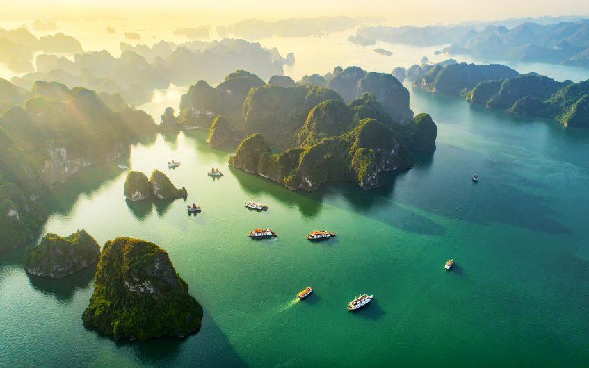 Hanoi (Port Baie d'Halong) - (Vietnam)