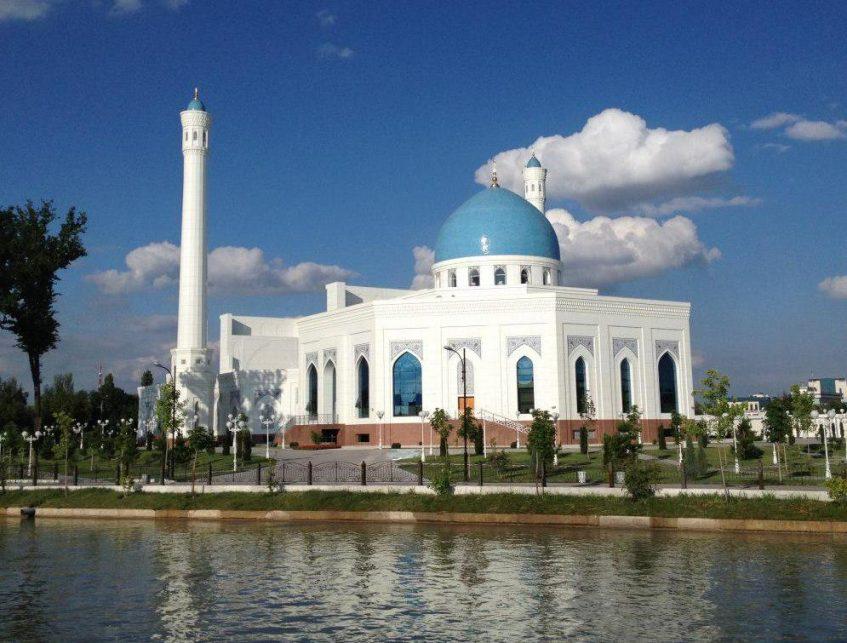 Charvak - Tachkent - Ourguentch (vol) - Khiva