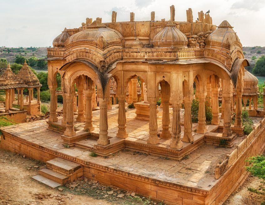 Mumbai - Jaisalmer (vol)